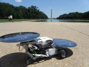 dSolar Cruiser at Washington Monument