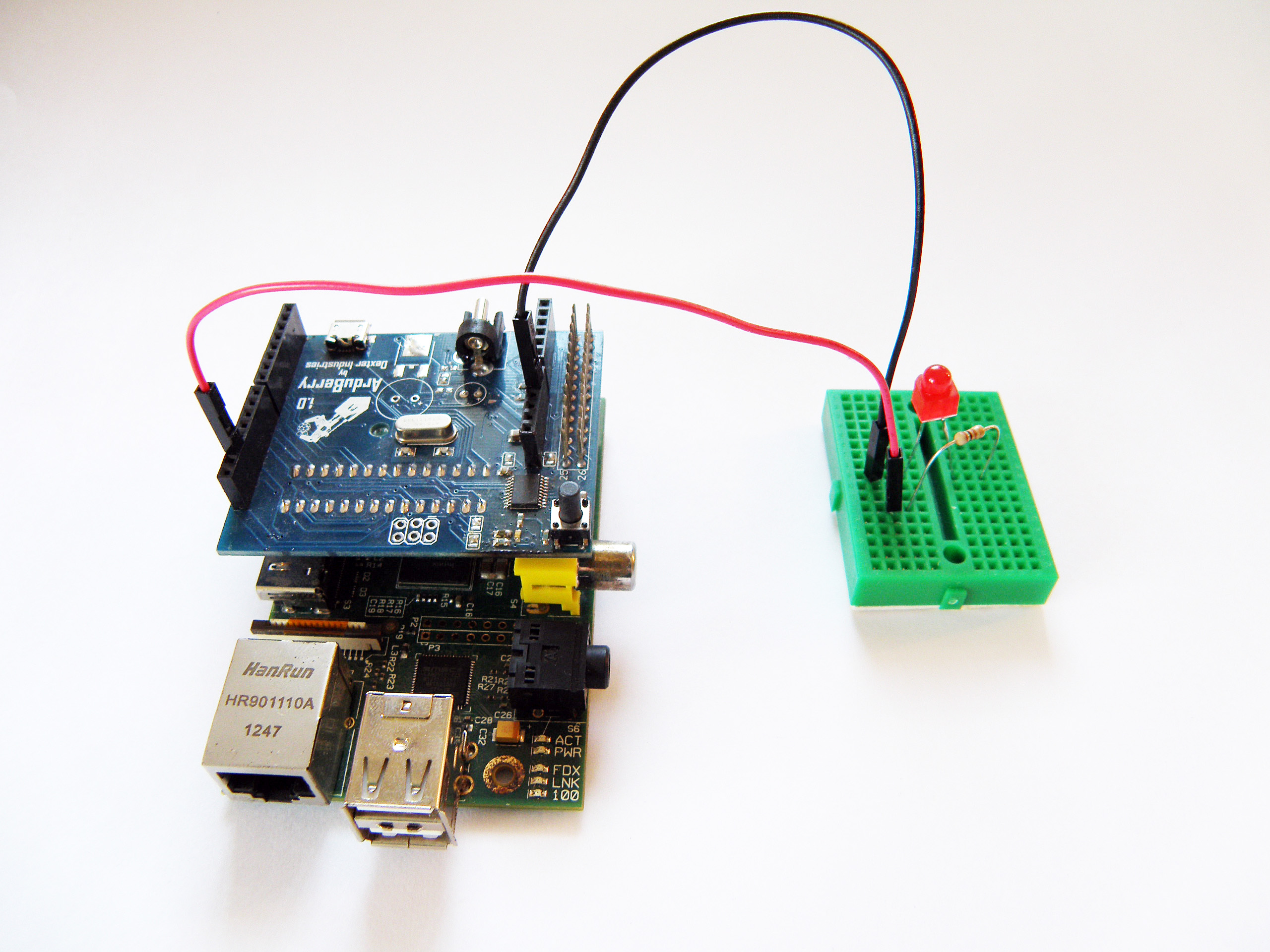 raspberry pi project Raspberry pi and network enthusiasts searching for a project to keep them busy this weekend may be interested in this diy raspberry pi wireless.
