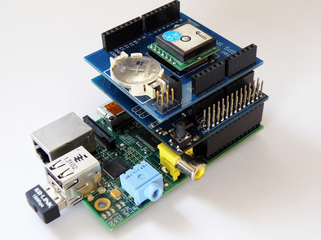 Dexter Industries Arduino and Raspberry Pi GPS Shield