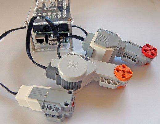 BrickPi powering NXT and EV3 Motors