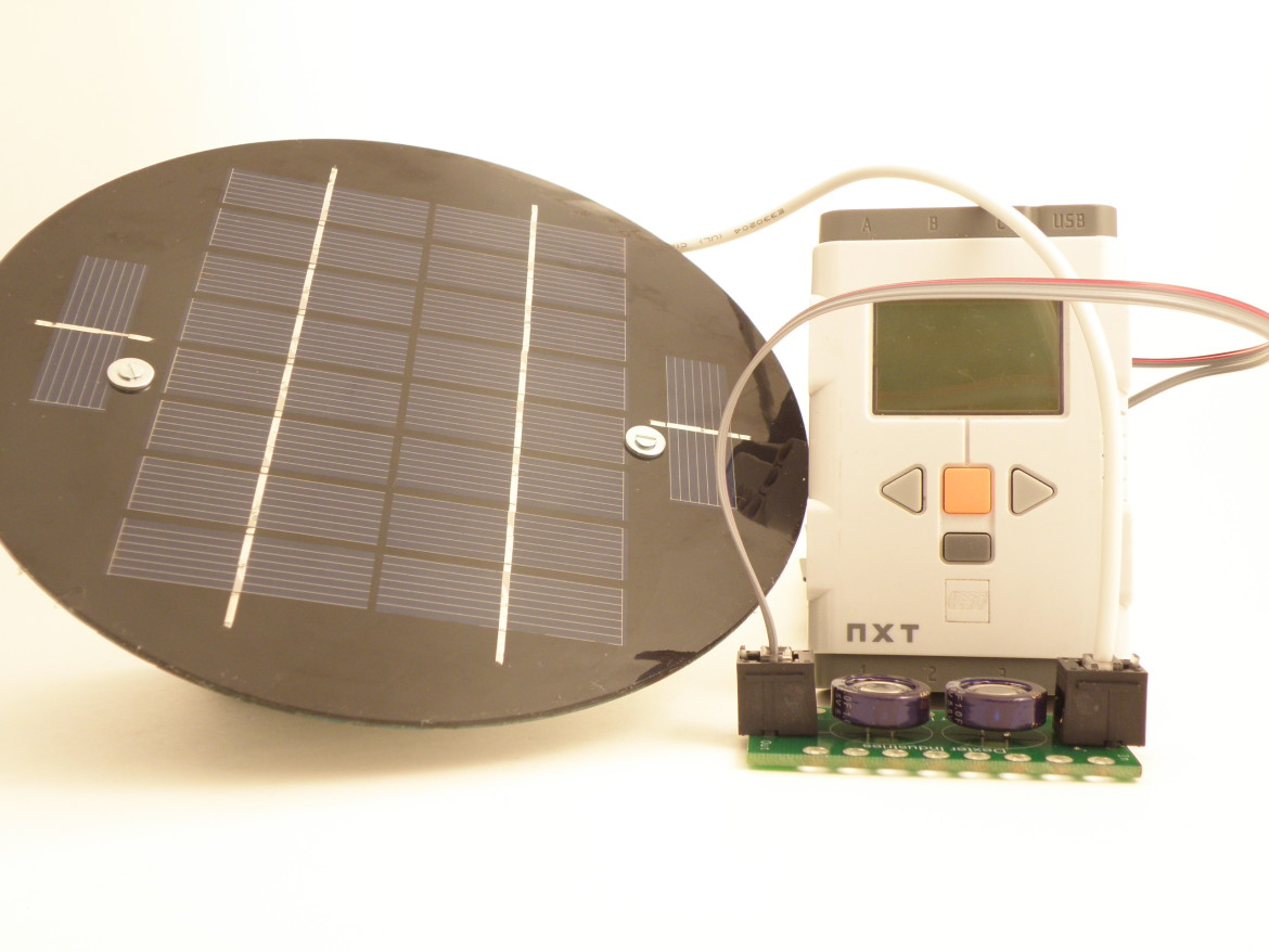 dSolar CapBank for the LEGO Mindstorms NXT