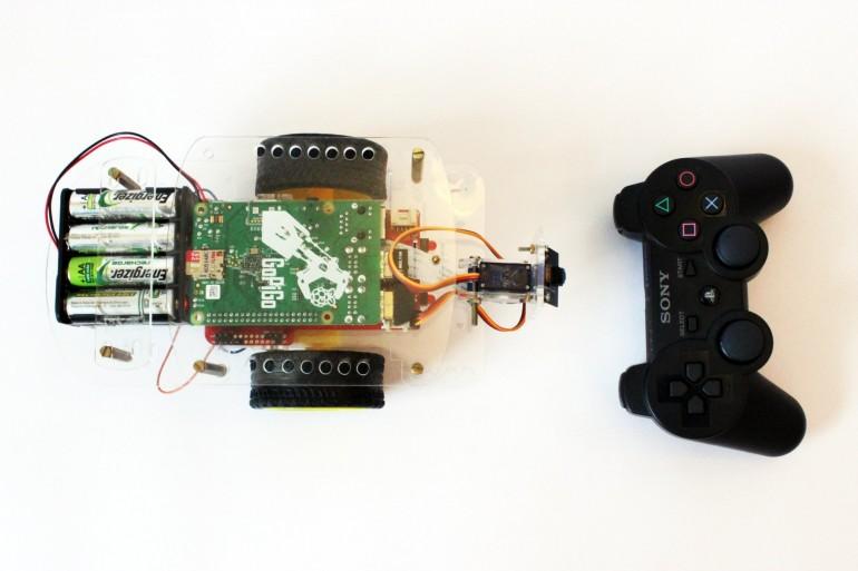 GoPiGo controlled with a PS3 Controller