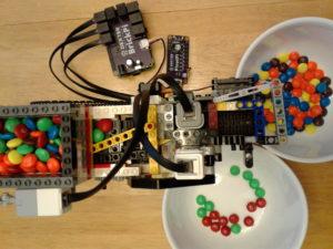 raspberry-pi-mm-color-sorter-with-servo-3
