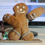 raspberry-pi-servo-controlled-gingerbread-man