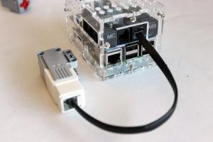 Connect_a_Motor_to_The_BrickPi3 (1)